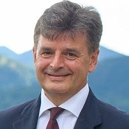 проф. д-р Борис Евг. Сакакушев, дм, мзм